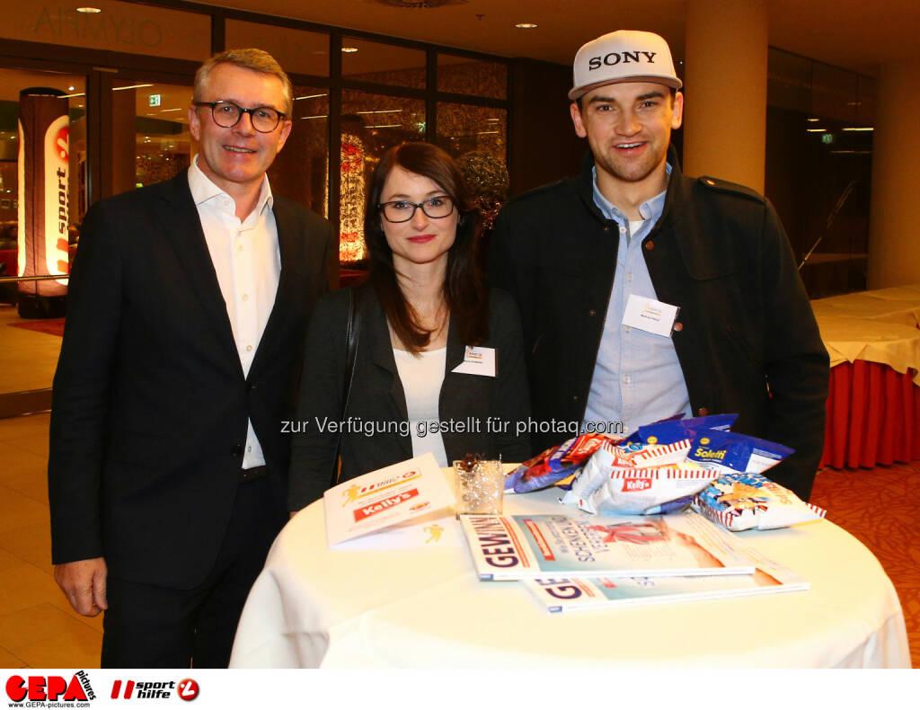 Friedrich Roithner (KTM), Maria Konrad und Markus Pekoll (Photo: GEPA pictures/ Christian Ort), © Sporthilfe/GEPA (01.12.2015)