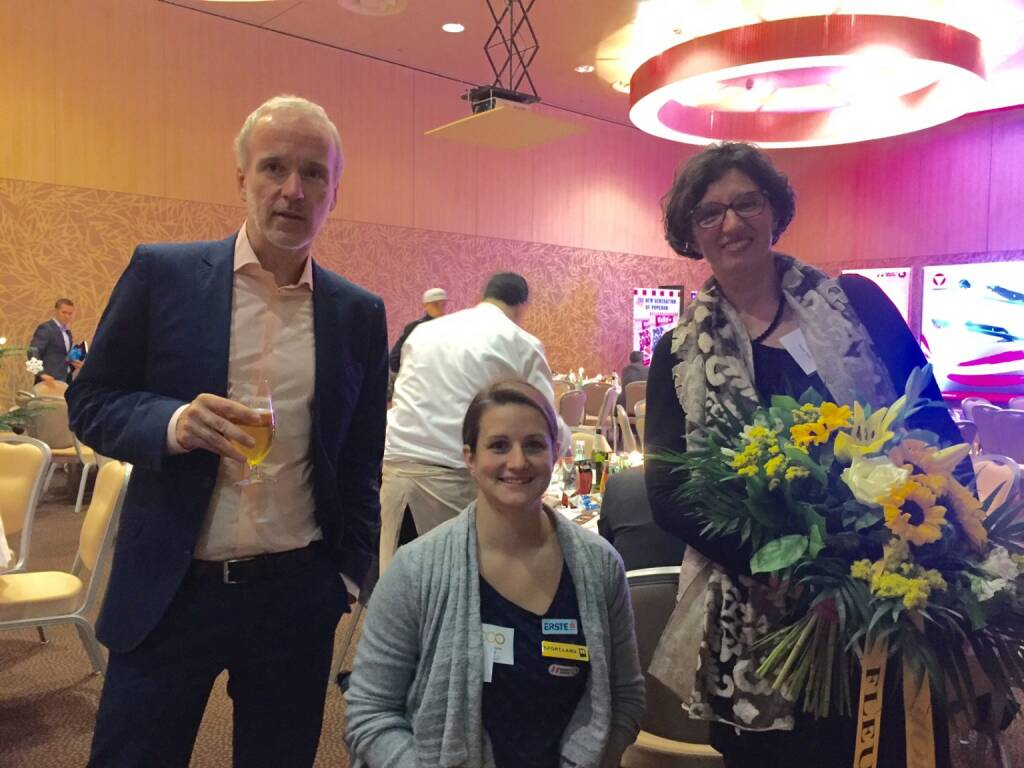 Mit Sabine Weber-Treiber und Monika Traub  (01.12.2015)