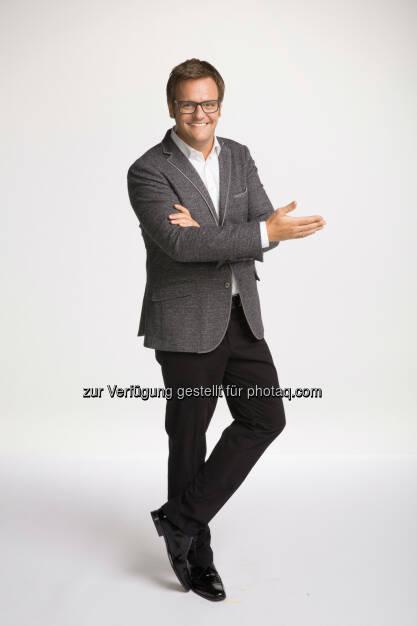 """Robert F. Hartlauer : Das Apps Magazin gab im November seine Favoriten aus 60 verschiedenen Kategorien bekannt : Hartlauer Foto World als """"Beste Foto-App 2015"""" ausgezeichnet : Fotocredit: Hartlauer HandelsgesmbH, © Aussendung (14.12.2015)"""
