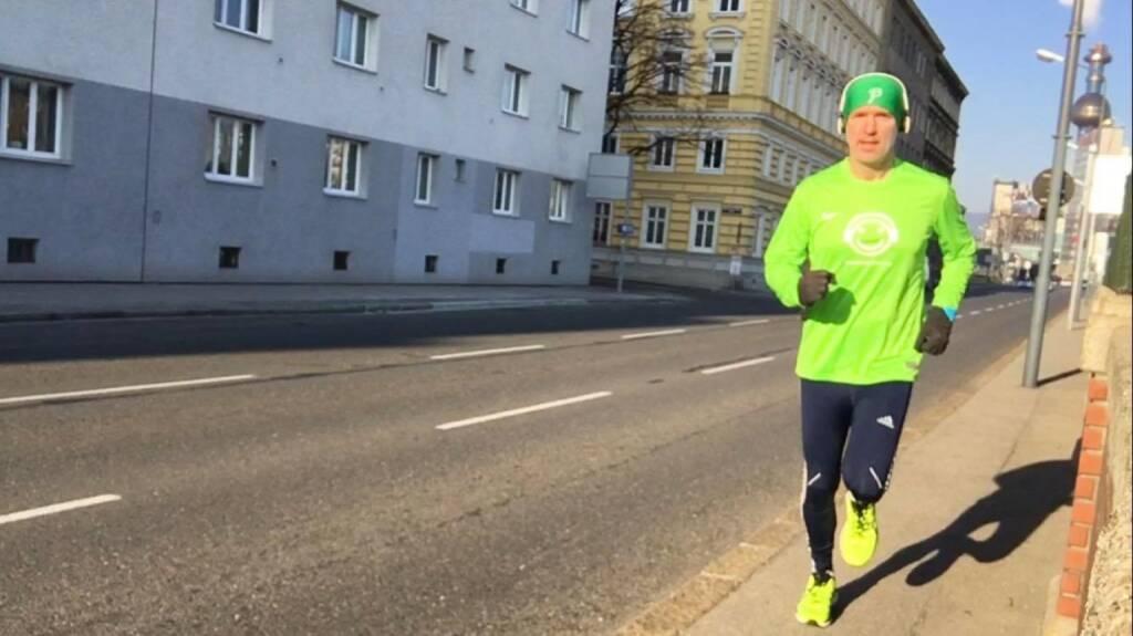 Einkauf beim Wemove Runningstore aktiviert: Haube Björn Dählie, Schuhe Asics Kayano (25.12.2015)