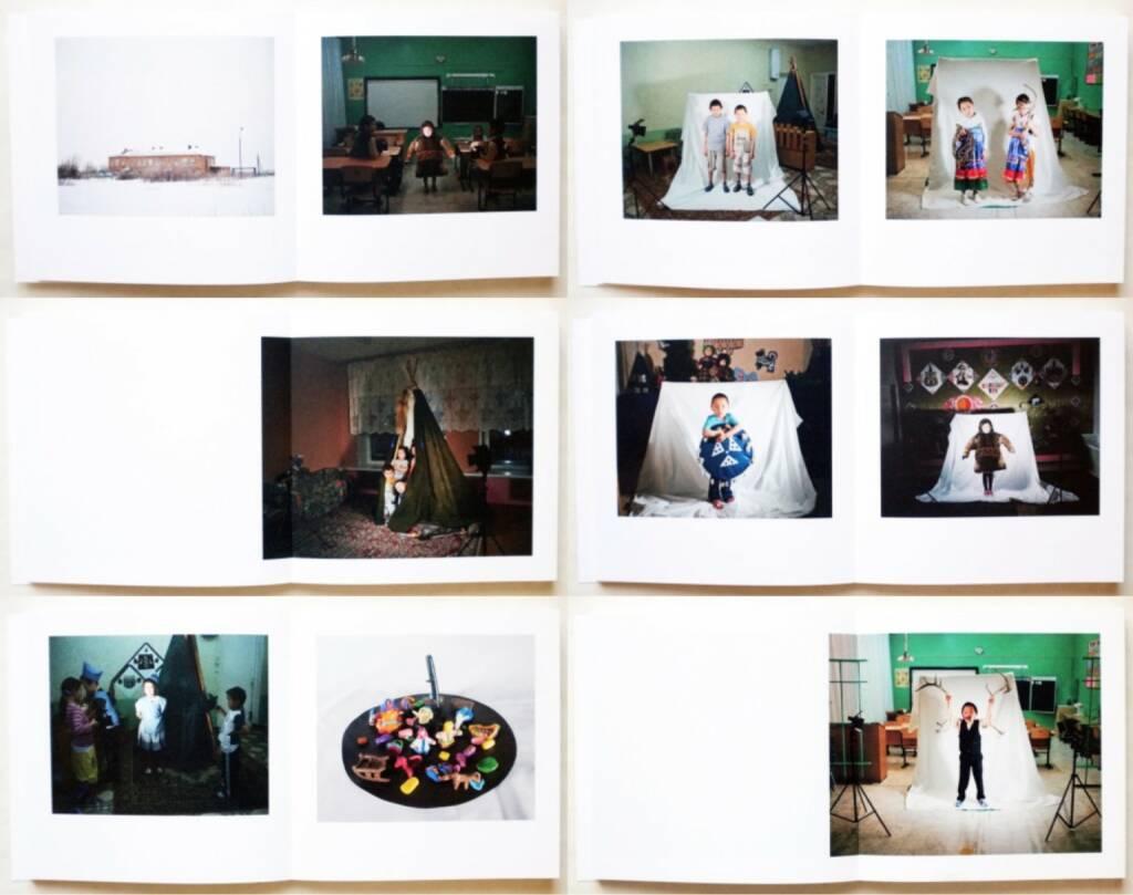 Ikuru Kuwajima - Tundra Kids, Schlebrügge.Editor 2015, Beispielseiten, sample spreads - http://josefchladek.com/book/ikuru_kuwajima_-_tundra_kids, © (c) josefchladek.com (27.12.2015)