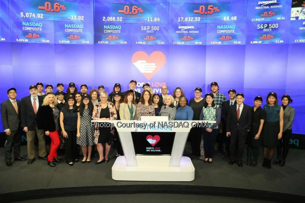 God's Love We Deliver rang the Nasdaq Closing Bell!   Source: http://facebook.com/NASDAQ (31.12.2015)