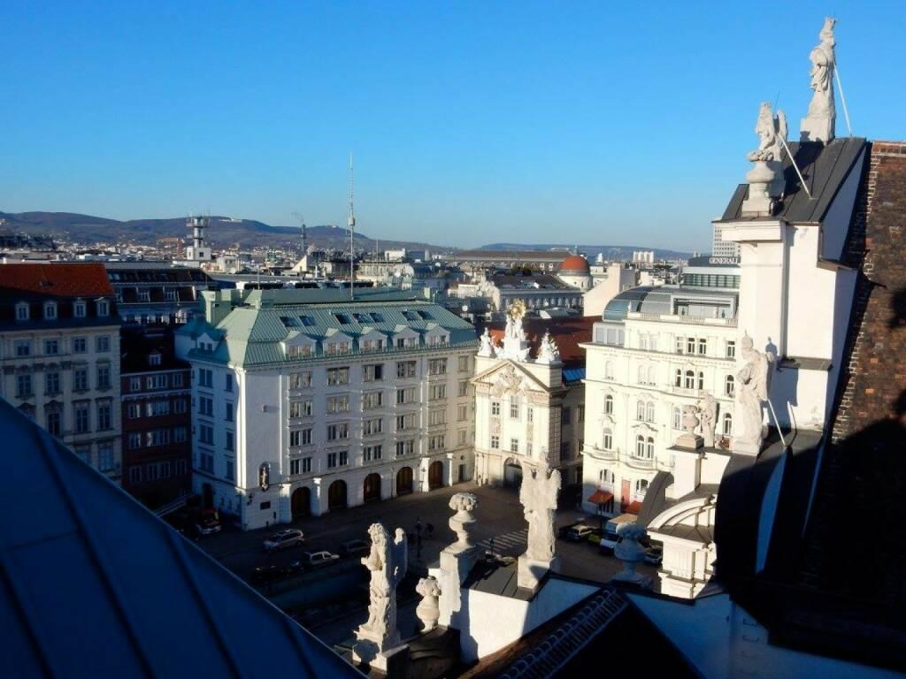 LOEWE-PK im Park Hyatt, Jänner 2016: LOEWE ist die beste Wahl für die beste Suite im Hyatt Wien. Die 820 Quadratmeter der Royal Penthouse Suite verteilen sich auf den 5. und 6. Stock des Luxus-Hotels und bieten einen Ausblick vom Stephansdom bis zu den Wiener Weinbergen. (18.01.2016)