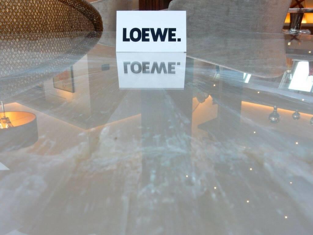 LOEWE-PK im Park Hyatt, Jänner 2016: results & relations, die Wiener PR-Agentur für Technologiethemen, ist als Vor-Ort-Pressestelle des deutschen Premium-Herstellers der erste Ansprechpartner für österreichische Medien. Journalisten schätzen die persönliche und rasche Betreuung seit nunmehr 18 Jahren. (18.01.2016)