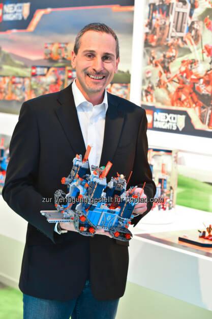 Frédéric Lehmann, GF Lego GmbH : Nach erfolgreichem Geschäftsjahr setzt die Lego GmbH 2016 auf vielseitigen Bauspaß mit neuen digitalen Spielerlebnissen : Fotocredit: Lego GmbH, © Aussender (26.01.2016)
