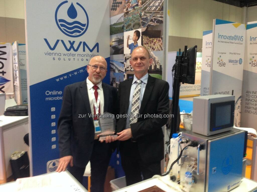 Juri Koschelnik und Wolfgang Vogl (Vienna Water Monitoring) : Wiener Umwelttechnologie gewinnt internationalen Top-Preis : Innovator Award bei IWS (The International Water Summit) 2016, in Abu Dhabi, United Arab Emirates :  Fotocredit: VWM GmbH, © Aussendung (02.02.2016)