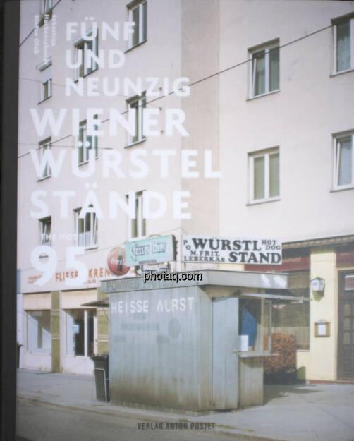 Stefan Olah - Fünfundneunzig Wiener Würstelstände (05.04.2013)