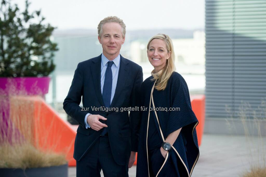 Georg Kapsch (CEO Kapsch AG), Alexa Wesner (US-Botschafterin) : US-Botschafterin Wesner besucht Kapsch AG : Fotocredit: Kapsch AG/APA-Fotoservice/Hörmandinger, © Aussender (22.02.2016)