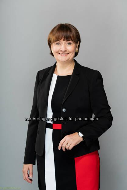 Herta Stockbauer (BKS Bank-Vorstandsvorsitzende) : BKS Bank eröffnet neue Filiale in der Slowakei : Die gestern eröffnete Filiale in Žilina ist die dritte Bankstelle in der Slowakei : Fotocredit: BKS Bank/(c)gleissfoto.at, © Aussendung (23.02.2016)