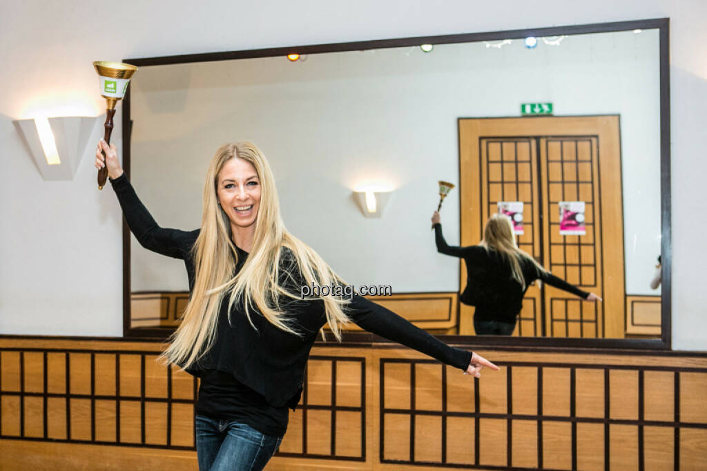 Yes Yvonne Rueff, Tanzschule Rueff, Dancer against Cancer http://www.openingbell.eu, © Martina Draper/photaq (24.02.2016)