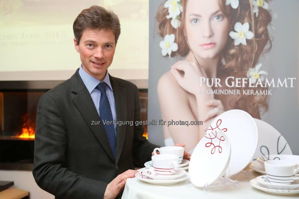 Jakob von Wolff (GF Gmundner Keramik) : Erfolgreiches Jahr 2015: Gmundner Keramik wächst stärker als die Branche : Fotocredit: Gmundner Keramik Manufaktur GmbH/APA-Fotoservice/Schedl, © Aussender (02.03.2016)