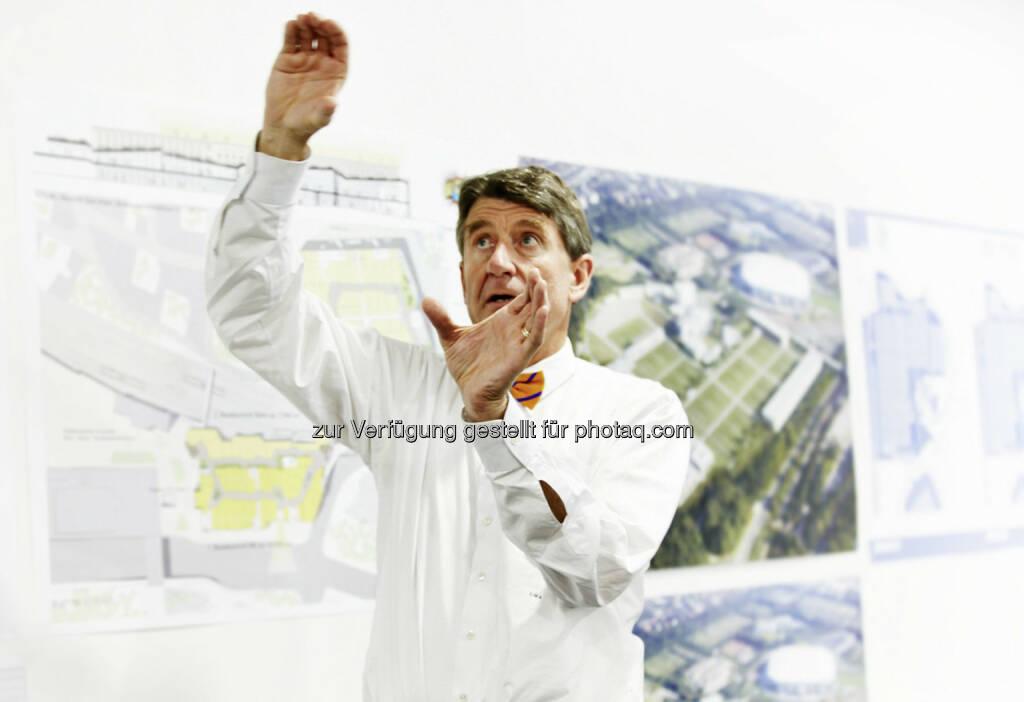 Christoph M. Achammer, CEO und Partner ATP architekten ingnieure : ATP architekten ingenieure forciert Design & Research : ATP gründet für Design & Research eigene D&R-Studios an fünf Standorten : Architekten und Tragwerksplaner tüfteln gemeinsam mit TGA-Ingenieuren an Innovationen für die Gebäude von morgen : Fotocredit: TP/Becker, © Aussender (10.03.2016)