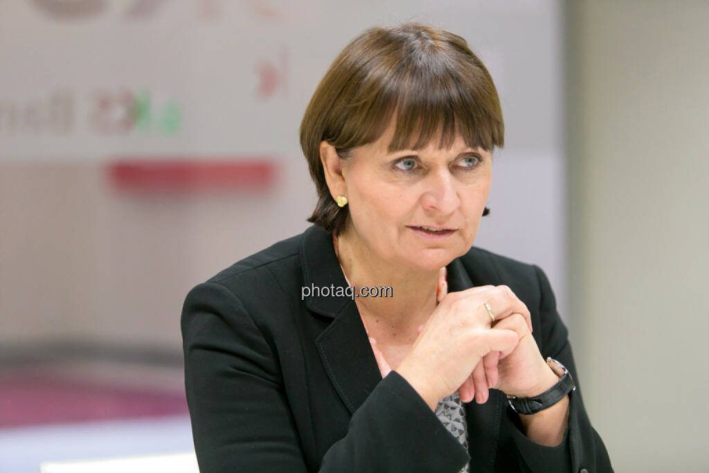 Herta Stockbauer (Vorstand BKS-Bank), © Martina Draper/photaq (10.03.2016)