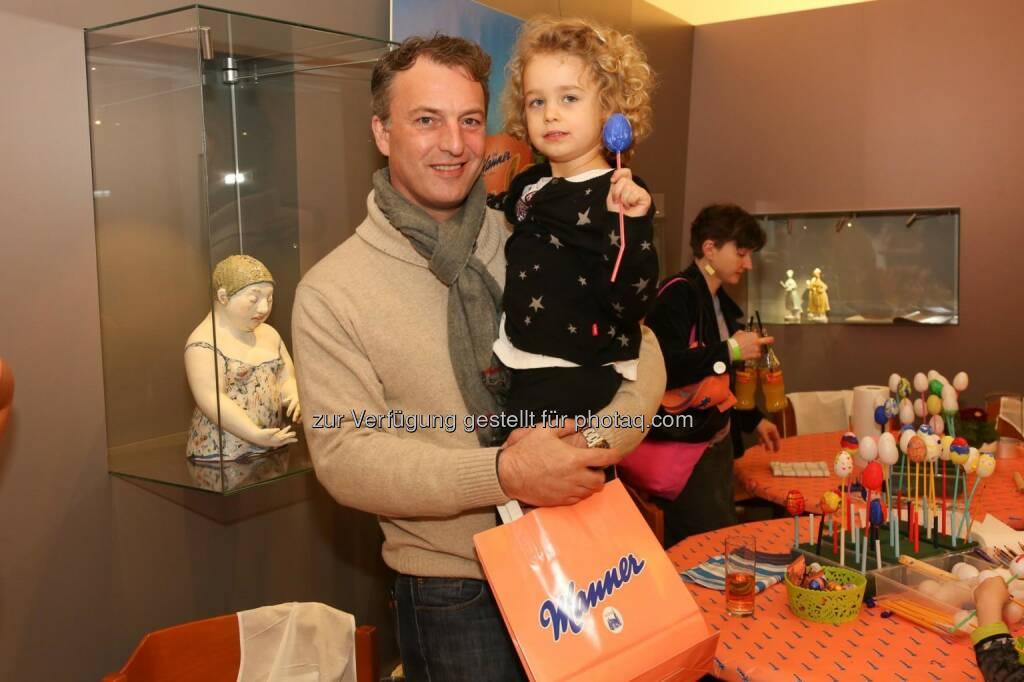 Andre Eckert mit Tochter, © ©DIVISION4-Katharina-Schiffl (12.03.2016)