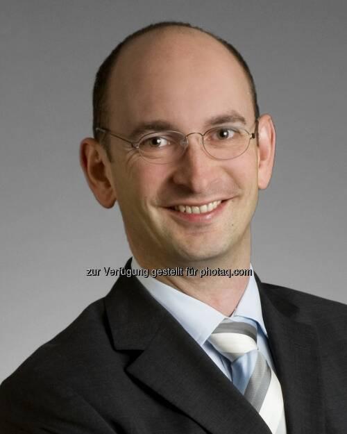 """Ulrich Sperl, Fondsmanager der Wandelanleihefonds UBS Convert Global und UBS Convert Europe: """"Der Markt für Wandelanleihen bleibt auch 2013 attraktiv. Die Emissionstätigkeit war bereits 2012 sehr rege und für 2013 sehen wir eine Fortsetzung dieses Trends"""" (c) Aussendung (09.04.2013)"""