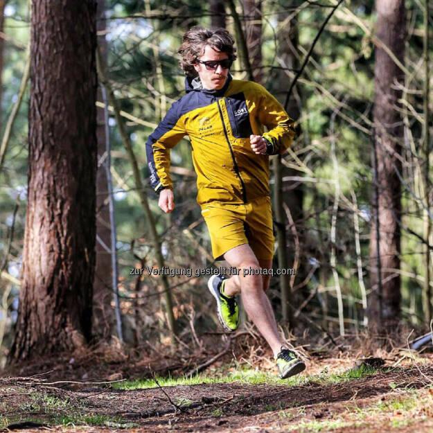 Florian Neuschwander (C) schneider outdoor visions, © Florian Neuschwander (22.03.2016)