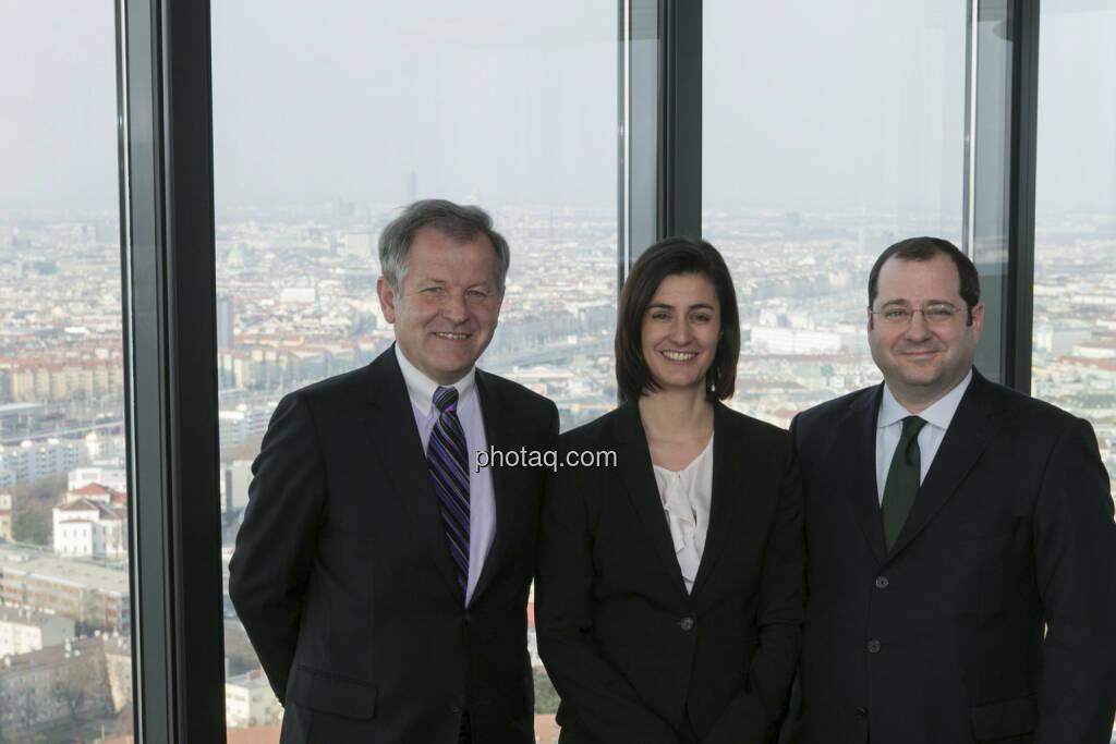 Eduard Zehetner (CEO Immofinanz), Birgit Noggler (CFO Immofinanz), Daniel Riedl (COO Immofinanz), mehr unter http://privatanleger.immofinanz.com , © Martina Draper für Immofinanz (10.04.2013)
