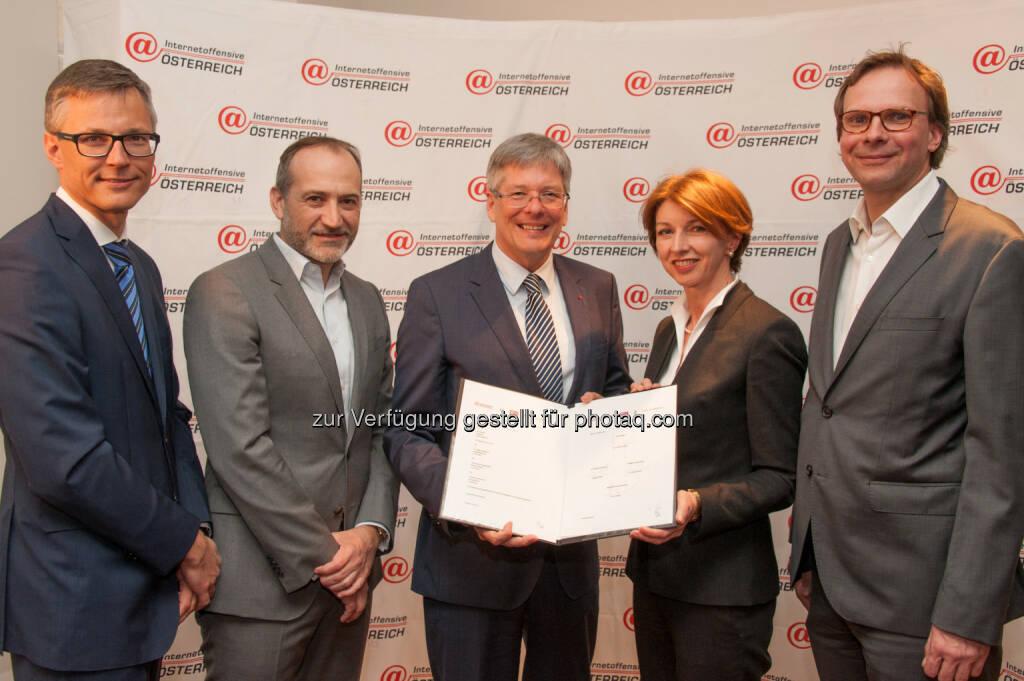 Pressekonferenz Breitbandpakt Kärnten : Internet Offensive Österreich : A1, T-Mobile und Drei investieren bis zu 150 Mio. Euro : Fotocredit: ©Bill Lorenz, © Aussendung (30.03.2016)