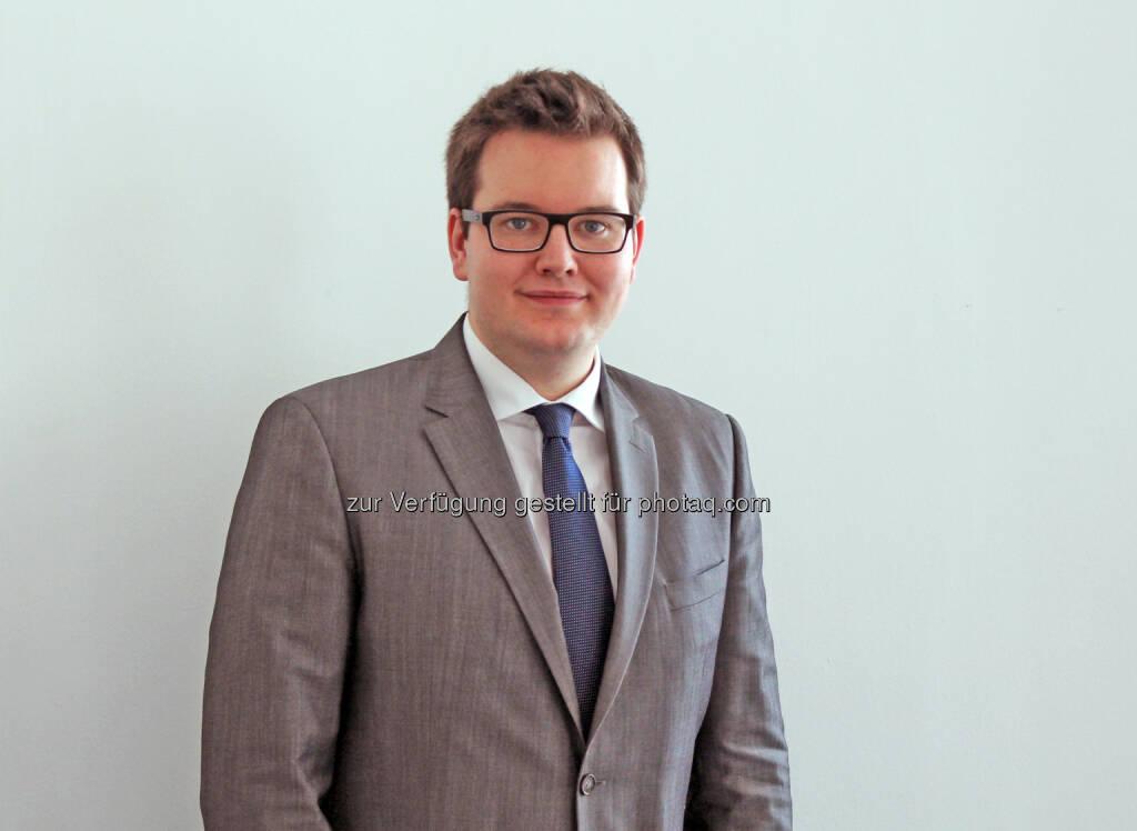 Lukas Lechner übernimmt als neuer Pressesprecher die Leitung der Bereiche Presse und Politik beim Wirtschaftsbund Wien : Fotocredit:WB-Wien, © Aussender (11.04.2016)