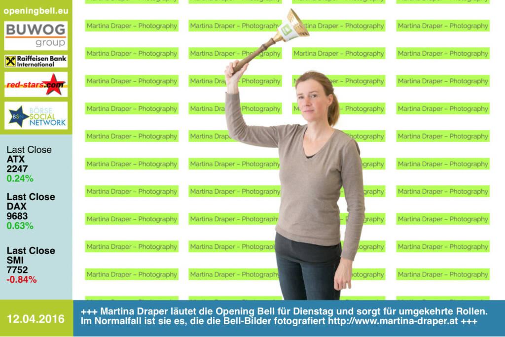 #openingbell am 12.4.: Martina Draper läutet die Opening Bell für Dienstag und sorgt für umgekehrte Rollen. Im Normalfall ist sie es, die die Bell-Bilder fotografiert http://www.martina-draper.at http://www.photaq.com/series http://www.openingbell.eu (12.04.2016)