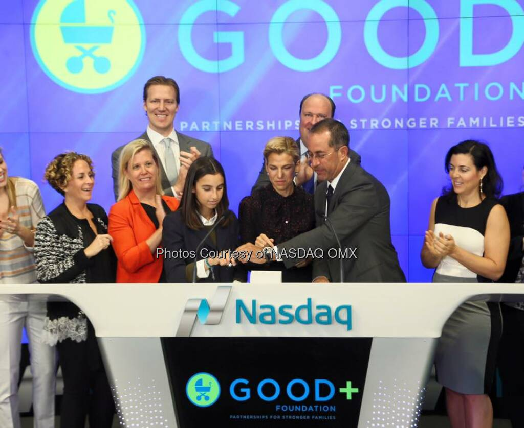 Great photos of Jessica and Jerry Seinfeld ringing the Nasdaq Opening Bell for the GOOD+ Foundation!  Source: http://facebook.com/NASDAQ (14.04.2016)