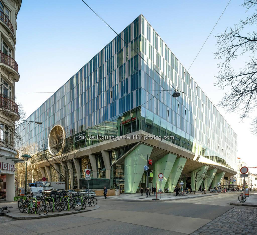 """Wien Mitte, The Mall : Studie belegt : Wien Mitte The Mall ist """"Bestes Einkaufszentrum"""" in Wien : Fotocredit: Anna Blau, © Aussendung (21.04.2016)"""