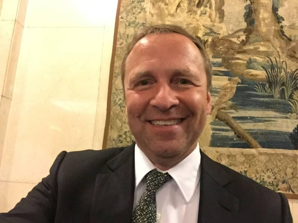 Frank Weingarts Selfie, UniCredit (22.04.2016)