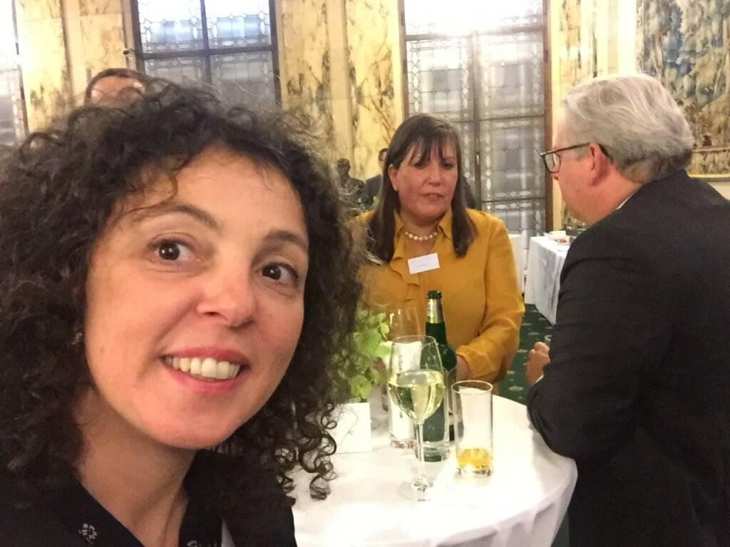 Stefania Tortorici Selfie, Deutsche Bank (22.04.2016)