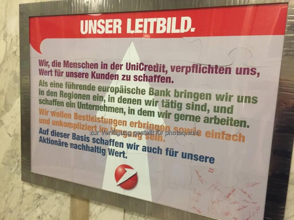 UniCredit als Zertifikate Award Austria Host , 34 Selfies von Teilnehmern unter http://www.photaq.com/page/index/2469, © Aussendung (22.04.2016)