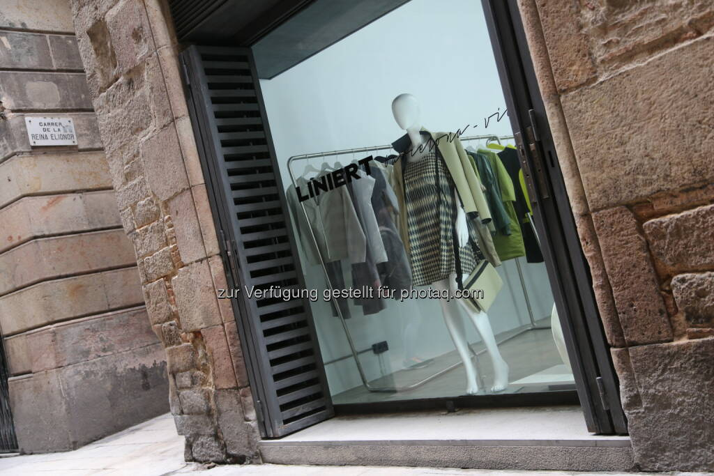 Liniert-Store im Palais aus 11.Jhdt : Liniert eröffnet Flagshipstore in Barcelona : Fotocredit: Liniert/Kollarovits, © Aussendung (27.04.2016)