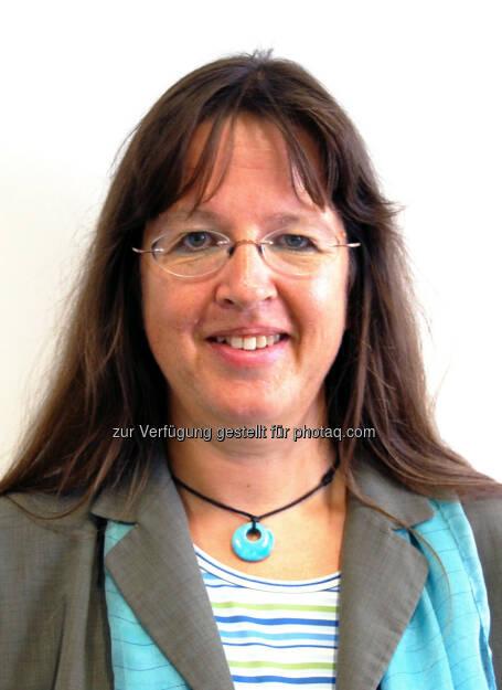 Corinna Engelhardt-Nowitzki, Studiengangsleiterin Mechatronik / Robotik an der FH Technikum Wien : Digitale Fabrik nimmt Forschungstätigkeit auf : Fotocredit: FH Technikum Wien / Festo, © Aussendung (28.04.2016)