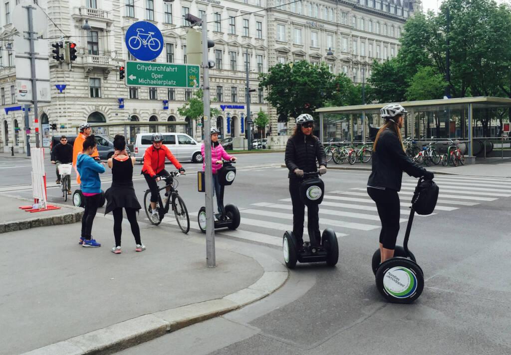 Verkehrsvielfalt in Wien, © diverse photaq (01.05.2016)