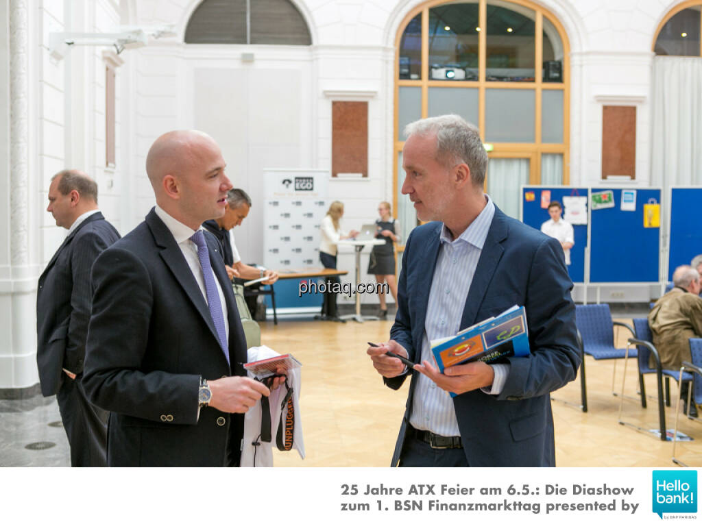 Paul Schiefer (Euram Bank), Christian Drastil (BSN), © Martina Draper/photaq (07.05.2016)