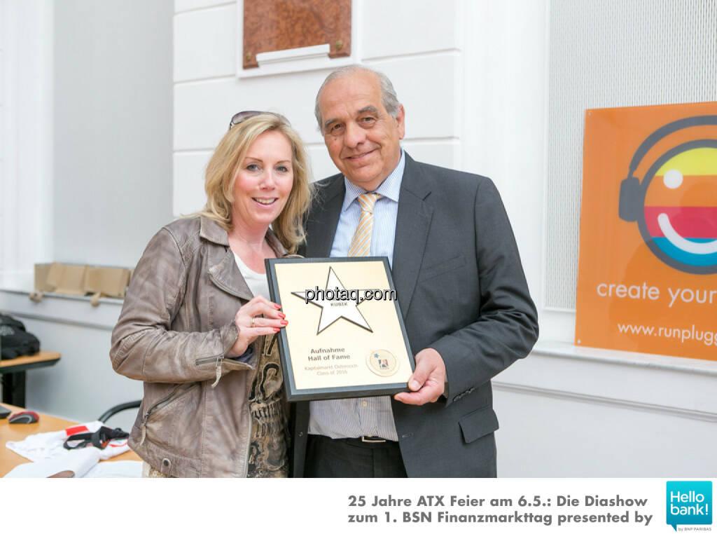 Franz Kubik wird in die Hall of Fame (Class of 2016) des Wiener Kapitalmarkts aufgenommen: Ulrike Mülleder, Franz Kubik, © Martina Draper/photaq (07.05.2016)
