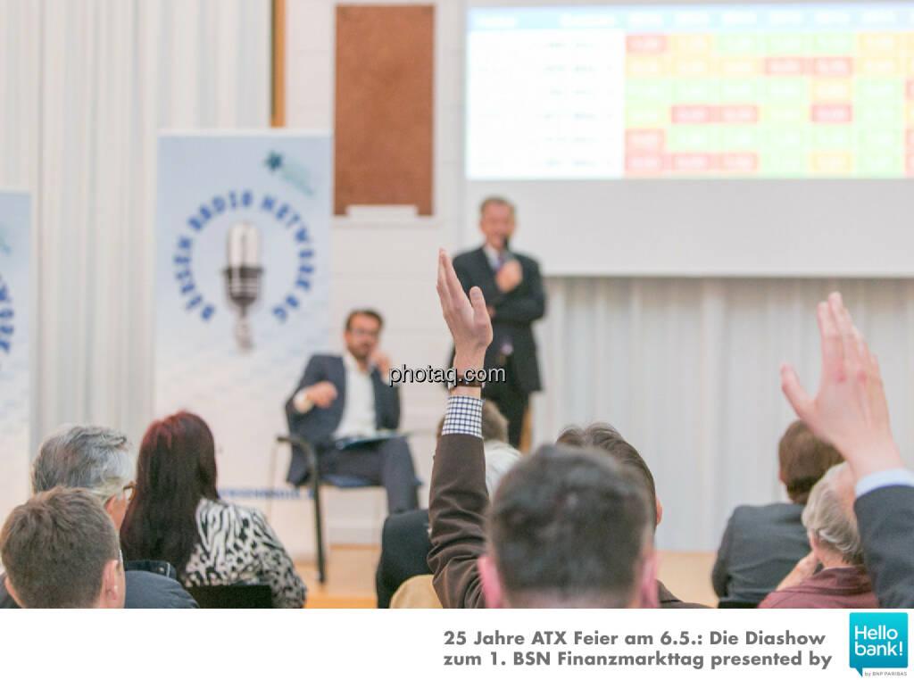 Aufzeigen für die Dr. Eduard Zehetner Chart Challenge http://www.photaq.com/page/index/2503, © Martina Draper/photaq (07.05.2016)