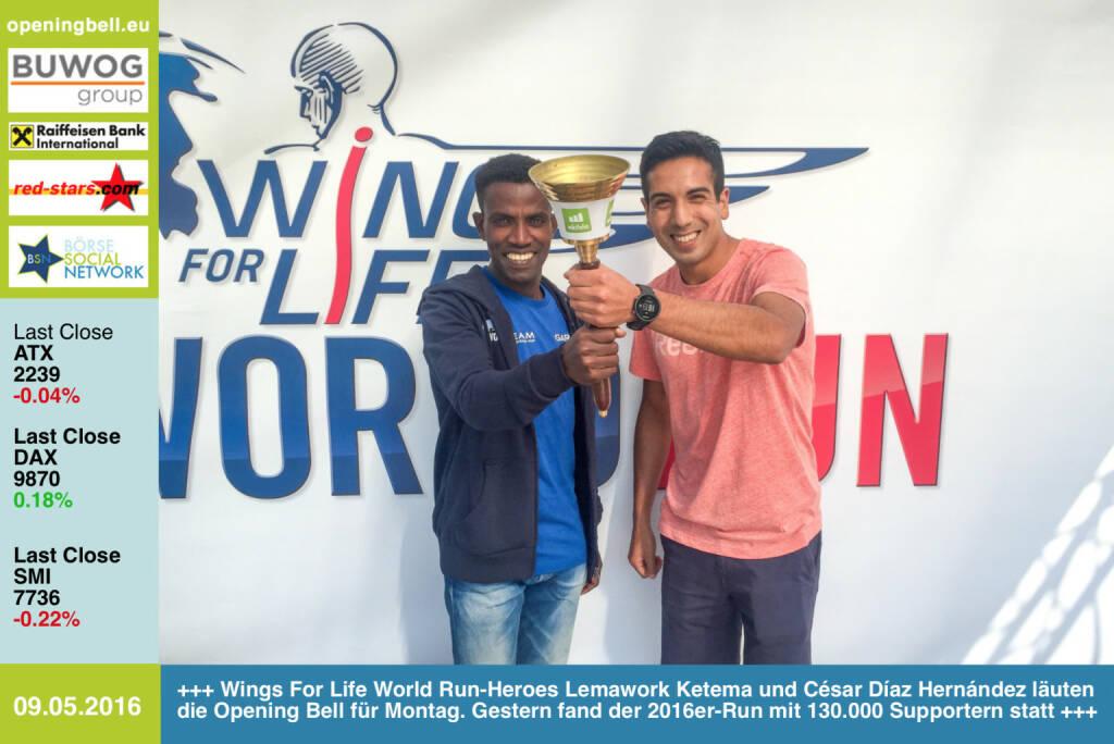 #openingbell am 9.5: Wings For Life World Run-Heroes Lemawork Ketema und César Díaz Hernández läuten die Opening Bell für Montag. Gestern fand der 2016er-Run mit 130.000 Supportern statt - Fotos Wien http://www.photaq.com/page/index/2509 - http://www.photaq.com/page/index/2510 http://www.openingbell.eu (09.05.2016)