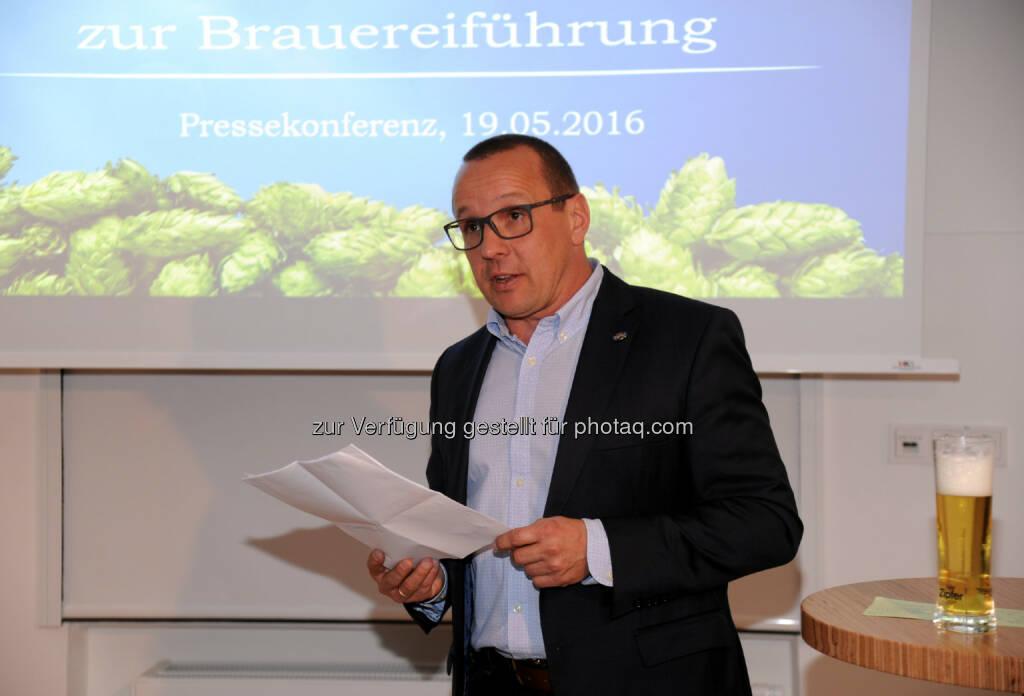 Harald Raidl (Braumeister) : Brauerei Zipf präsentiert sich nach Investitionen mit neuer, interaktiver Führung für Bierliebhaber und hopfigem Schwerpunkt : Fotocredit: Brau Union Österreich / Klemens Fellner, © Aussender (23.05.2016)