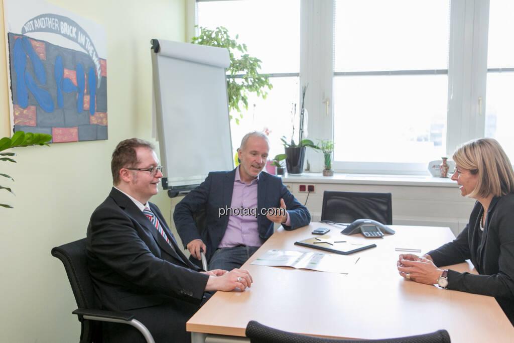Gregor Rosinger (Rosinger Group), Christian Drastil (BSN), Barbara Potisk-Eibensteiner (RHI), © Martina Draper/photaq (24.05.2016)