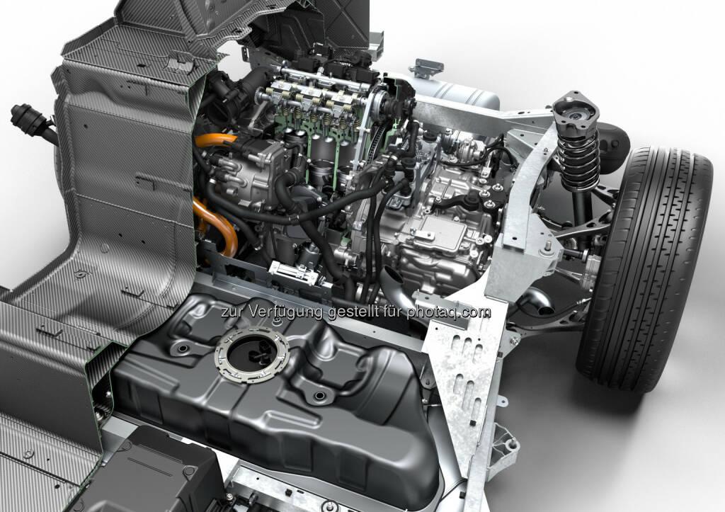 """BMW i8, Technical Art : BMW i8 gewinnt """"Engine of the Year Award 2016"""" : Fotocredit: © BMW Group, © Aussendung (02.06.2016)"""