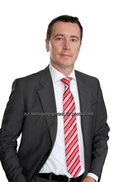 Roland Schöbel, Partner Financial Services Consulting bei PwC Österreich : PwC Studie: Neue Technologiefaktoren verändern Finanzdienstleistungen : Fotocredit: PwC/oresteschaller.com, © Aussender (06.06.2016)