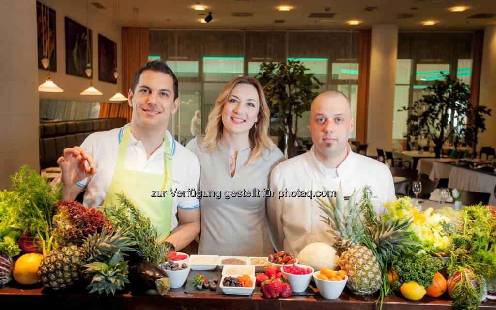 Mario Valentic (Coach), Ljiljana Mikic (General Manager Arcotel Allegra), Ivan Simoncic (Chefkoch) : Arcotel Allegra Zagreb setzt Fokus auf Healthy Lifestyle : Fotocredit: Arcotel Hotels, © Aussender (09.06.2016)