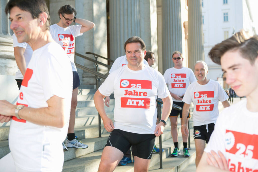 Peter Brezinschek, Gernot Heitzinger, Nikolas Draper (25 Jahre ATX - Lauf in rot-weiss-rot) (09.06.2016)