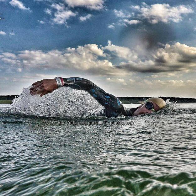 Florian Neuschwander, schwimmen, Wasser, © Florian Neuschwander (10.06.2016)