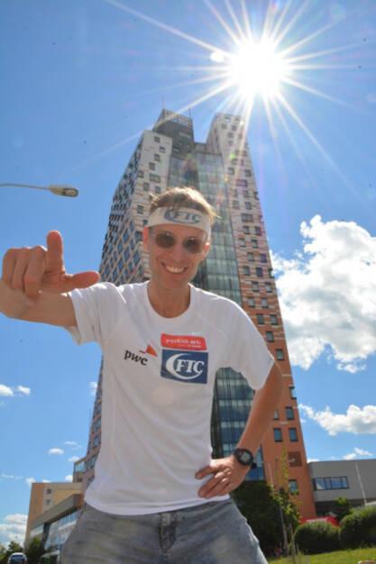 Rolf Majcen bei Towerrunning 200 Vienna-Brno-Bratislava (20.06.2016)