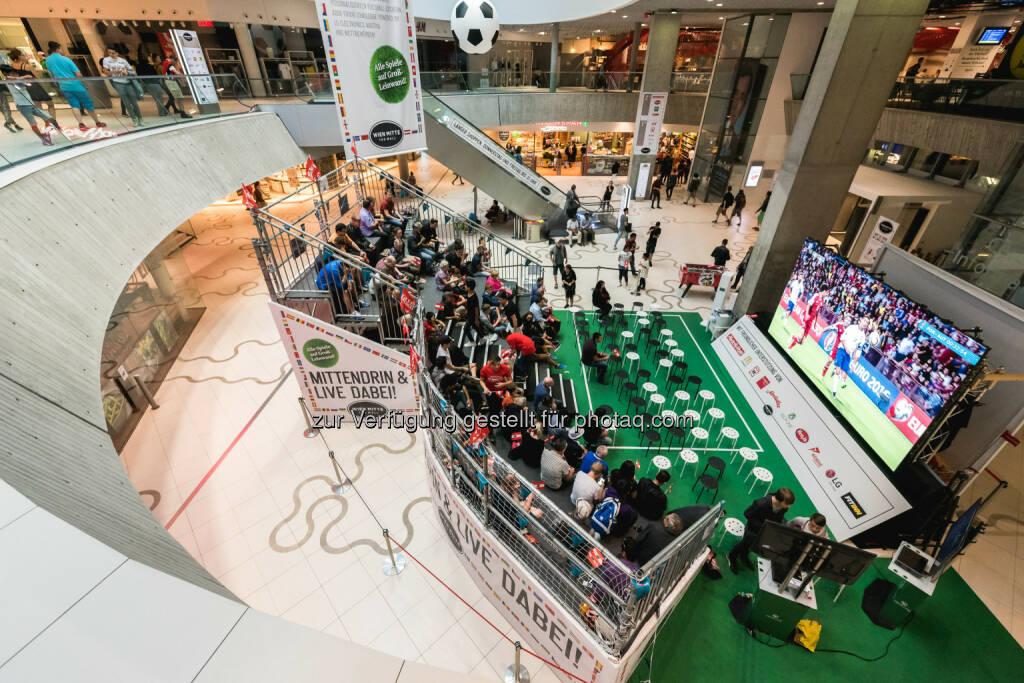 "Wien Mitte The Mall: ""Mini-Stadion"" ist Publikumsmagnet: Fotocredit: OpticalEngineers, © Aussendung (22.06.2016)"