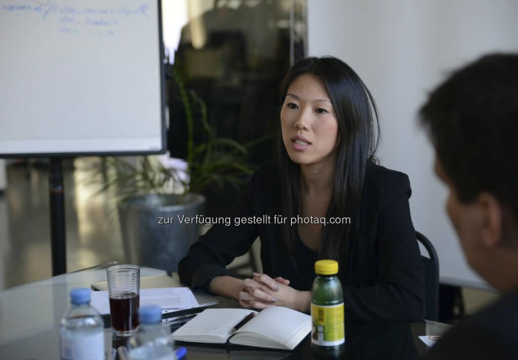 Sindy Amadei-Yang, Geschäftsführerin LSZ Consulting: Am 12. und 13. Juni kann man in Wien den APP-Markt von allen Seiten kennenlernen: APP-Creators, Referenten am Puls wegweisender IT-Entwicklungen und Clients aus Wirtschaft und Wissenschaft sowie dem Media-, Werbe- und Lifestyle Business werden sich austauschen und die Brücke zwischen New & Old Economy schlagen. Vorträge, Workshops, Meeting Lounges und der  Meet the Expert Track erwarten alle APP-Interessierten beim ersten jährlichen APP-Congress Vienna. Creative Newcomer finden hier ebenso ein Forum wie renommierte Success-APPer und können Business-Clients aber auch  Consumern und APP-Entwicklern fachlichen Input liefern. An zwei Tagen werden 30 Speaker auf rund 800 Besucher aus Österreich, Deutschland und der Schweiz treffen, Wünsche und Anforderungen stehen Möglichkeiten und Lösungen gegenüber. Initiiert wurde der Congress von Sindy  Amadei-Yang http://www.uberall.at/ (c) beigestellt (18.04.2013)