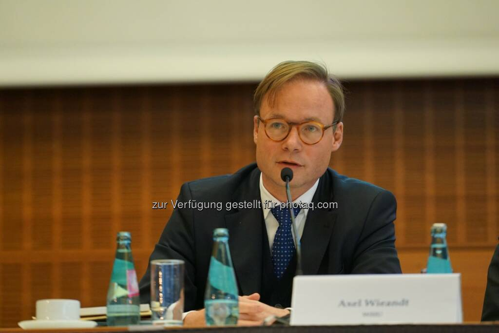 Axel Wieandt wird neues Beiratsmitglied bei der Forderungsbörse Debitos : Fotocredit: SAFE/HoF, © Aussender (05.07.2016)