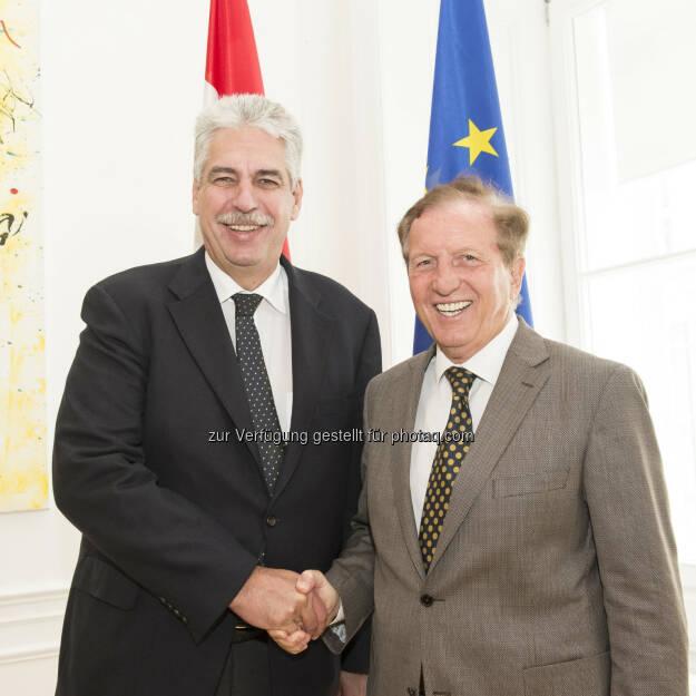 """Hans Jörg Schelling (Finanzminister), Herbert Kocher (Bundessportorganisation-Präsident) : """"Rahmenbedingungen für Sport weiter optimieren!"""" : Fotocredit: BSO/Hagen, © Aussendung (14.07.2016)"""