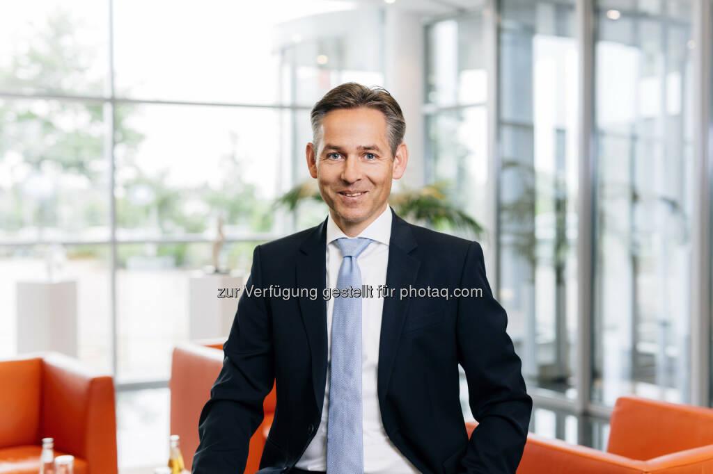 Norbert Rotter, Vorstandsvorsitzender der itelligence AG : itelligence AG veröffentlicht detaillierte Kennzahlen zum ersten Halbjahr 2016 - weiter auf einem soliden Wachstumskurs :  Fotocredit: obs/itelligence/Adamski, © Aussender (14.07.2016)