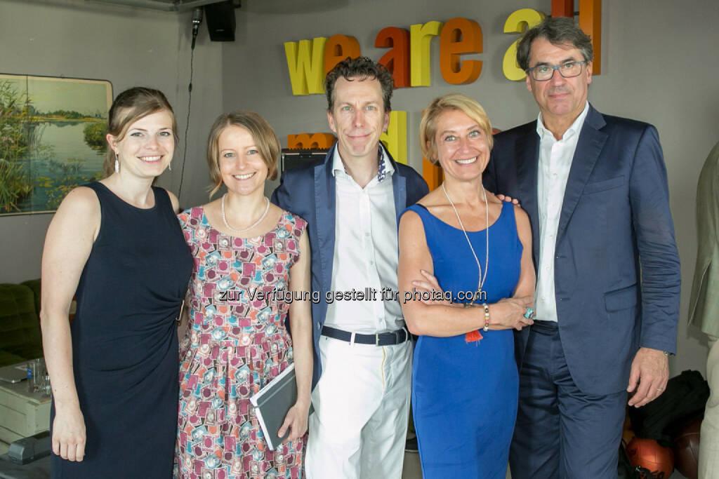 PR Team Himmelhoch Verena Leonhardt, Doris Lenhardt, Eva Mandl), Philip Rusch, Stefan Pierer (CEO KTM Industries), © Martina Draper (27.07.2016)